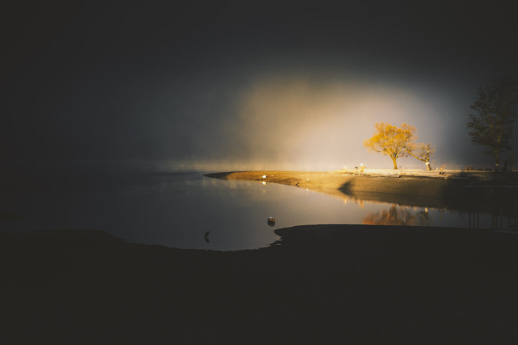 Light on Lake